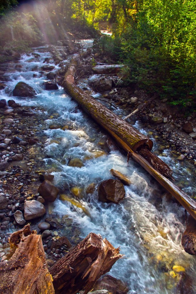 Creek em