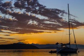 sunset boats 4 em
