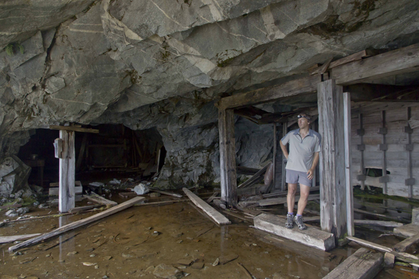Em in the Black Warrior Mine