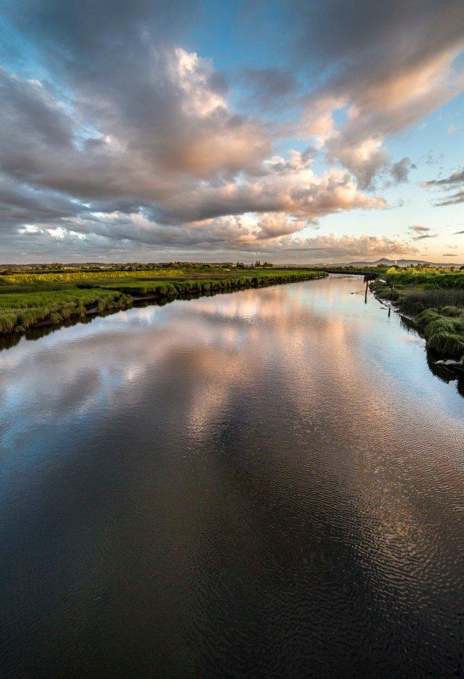 river 1em