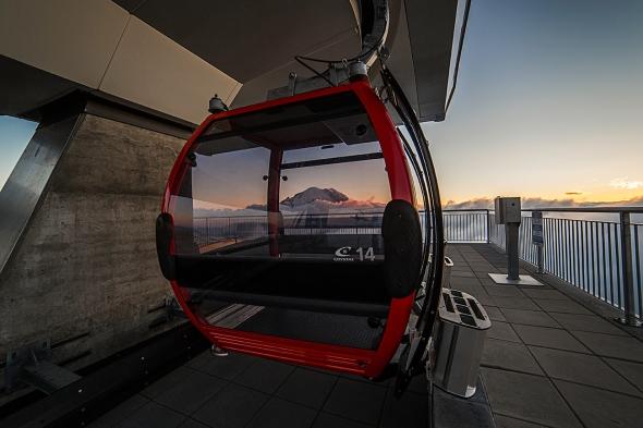Gondola and Mount Rainier