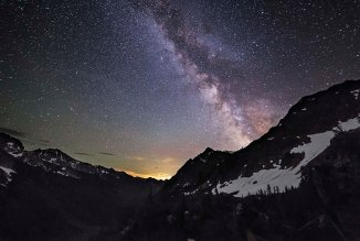 milky-way-over-spider-meadows