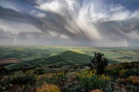Spring storm from Steptoe Butte